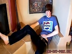 Gay teen couple facial Jase Bionix is a naughty stud always ready to